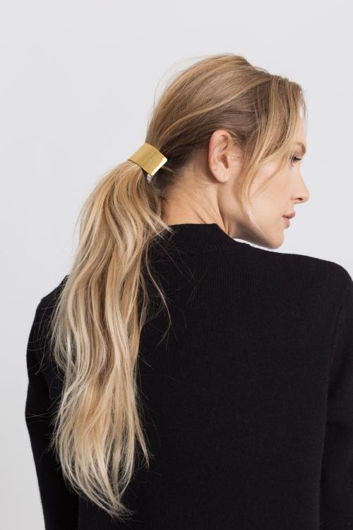 Modern-citizen-half-circle-hair-barrette-gold-hair-accessories-3