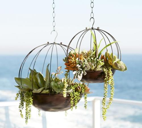 Jamie-durrie-hanging-sphere-planters-c