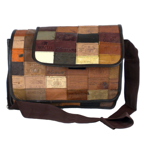 Messenger-bag-leather-label