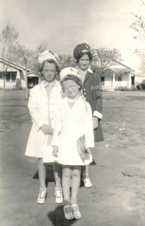 Lorene Etter  Mary Lou Etter  Virginia Etter Easter circa 1940s