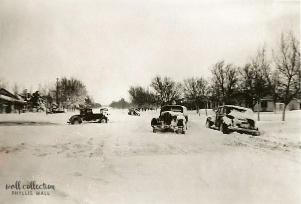 1952 Joyhn High Dayton snow