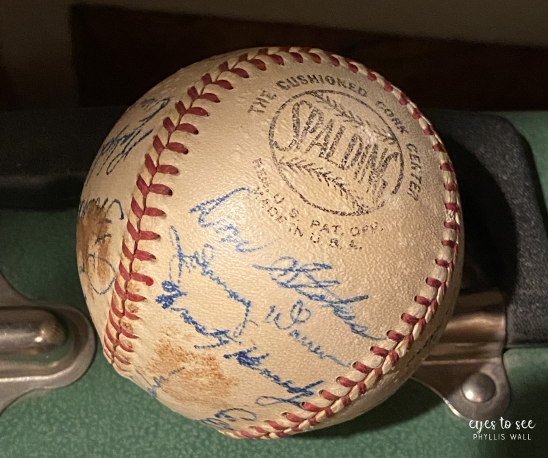 Original 1953 SPALDING NATIONAL LEAGUE BASEBALL STAMPED HAL SAYLES PRES. WEST TEXAS-NEW MEXICO BASEBALL LEAGUE. THIS BALL WAS ACQUIRED FROM THE ESTATE OF A GENTLEMEN WHO WAS A BAT FOR THE PLAINVIEW PONIES. THE BALL IS